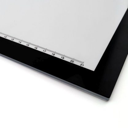 L4S LED Light Pad Box - scale